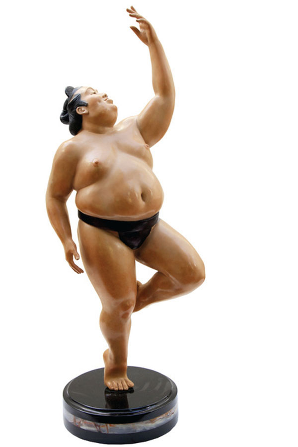 Wrestler sumo sculpture bronze - Joy Of The World - Irina Daylene